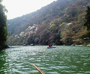 嵐山ボートから1.jpg