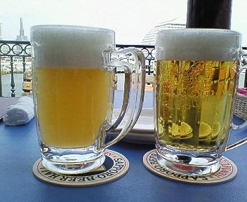 神戸港ニューミュンヘンビール.jpg